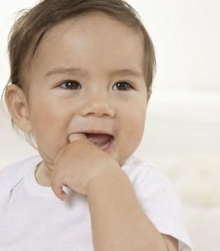 宝宝头发稀少怎么办 宝宝头发护理常识get起来