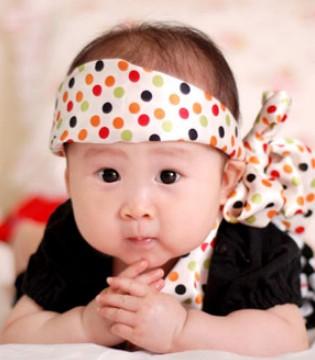 冬天宝宝更易得湿疹 如何辨别和应对