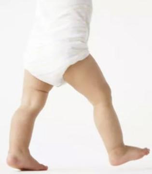 飞鹤:塑造高颜值宝宝 从漂亮腿型开始
