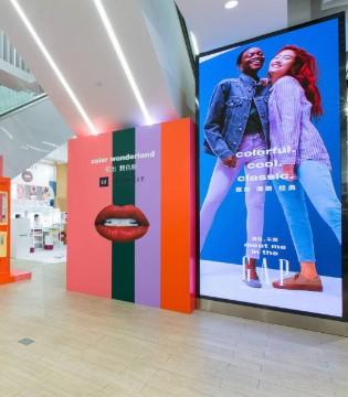 美妆快闪店、独立童装店 快时尚品牌Gap的中国自救之路