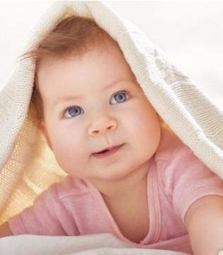 孩子爱踢被子怎么回事 4招防宝宝踢被子不着凉