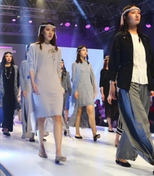 专业化 时尚化 国际化 2018濮院毛针织服装博览会在沪举办