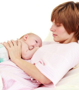 母乳喂养妈妈要忌口吗 当心吃了奶水会减少的食物