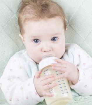 频繁换奶粉会造成营养缺失 转奶这样做最好