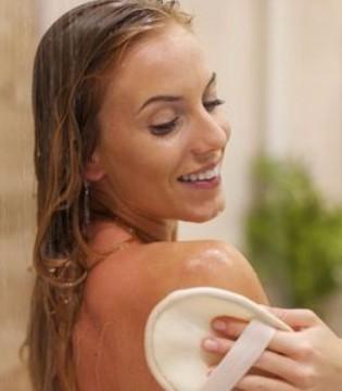 女人经期可以洗头吗 别忽略了这些事