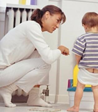 为啥大多孩子讨厌幼儿园拉粑粑 真正的原因说出来都让妈妈心疼