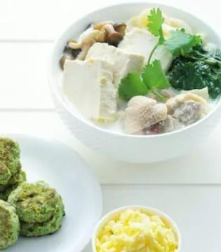 断奶期辅食推荐:菠菜豆腐饼 宝宝吃了还想吃