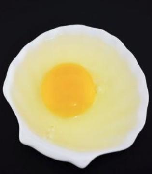 孕妇可以吃生鸡蛋吗 不卫生且危害大