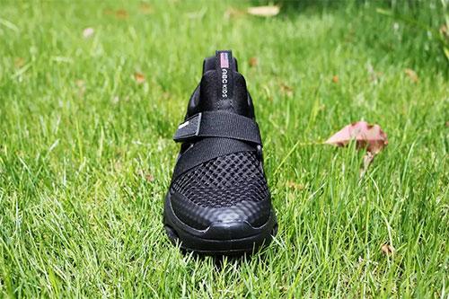 ABCKIDS说 一双好鞋 是对稚嫩脚丫最美好的拥抱!
