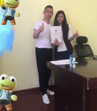 祝贺湖南邵阳胡雪花女士成功签约经典童装品牌