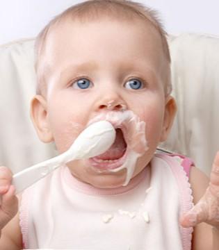 宝宝添加辅食攻略 妈妈需掌握的知识