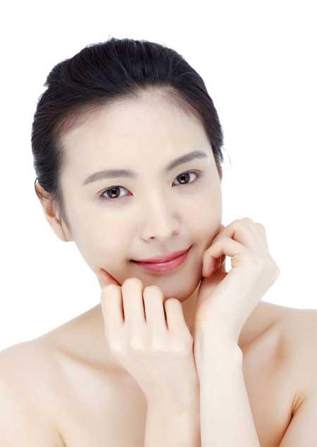 呵护肌肤要怎么做呢 正确洗脸一二三步