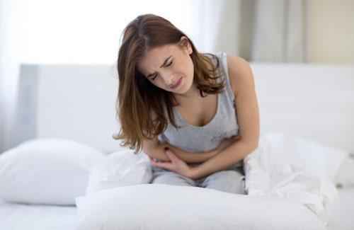 女性痛经是什么原因引起的 痛经要怎么调理