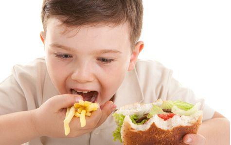 宝宝怎样才算营养过剩 营养过剩当心三大危害