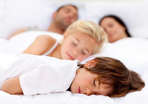 儿童睡眠障碍与什么有关 四个方法有效改善宝宝睡眠