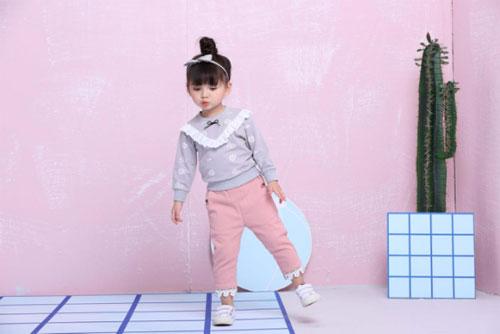 芭乐兔童装护理 褪色、变形、污渍 看完后这些都不是问题