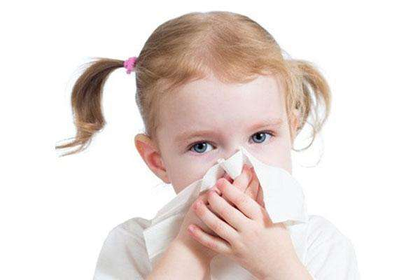 孩子一起床就咳个不停 一个多月不好 是什么病