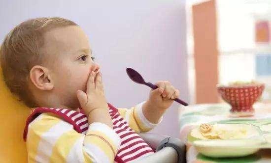 宝宝为什么不想吃饭 怎么做宝宝会爱上吃饭