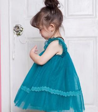 孩子穿什么颜色的裙子适合?欧卡星童装春夏新品