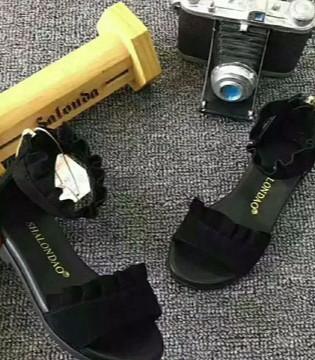 沙龙岛教爸妈们如何给宝贝挑选一级童鞋
