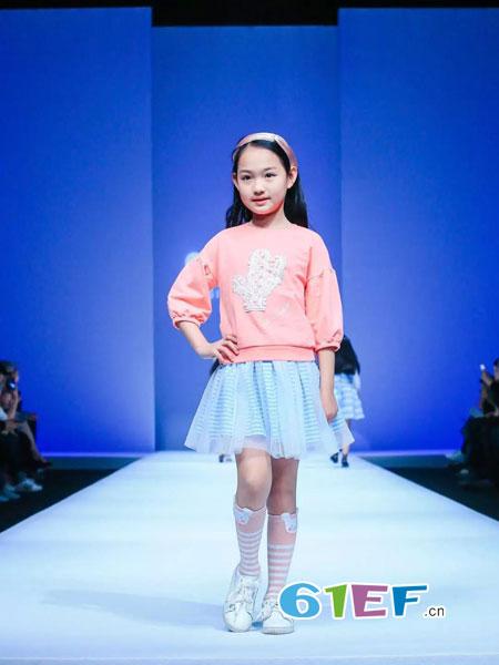 中国本土时尚童装——水孩儿·如水纯净透彻!