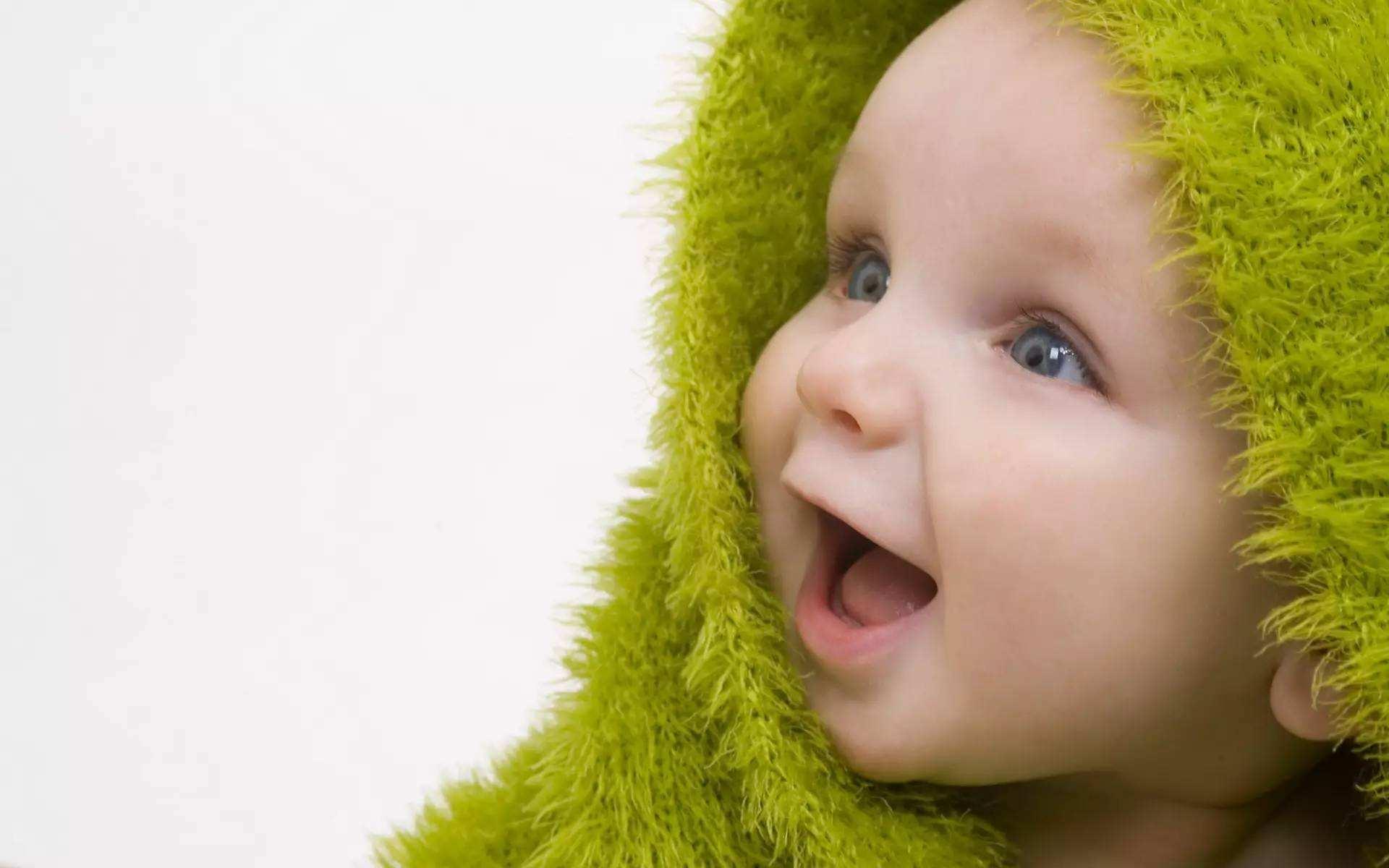 春季宝宝长痱子的原因有哪些 家长应该怎么办呢
