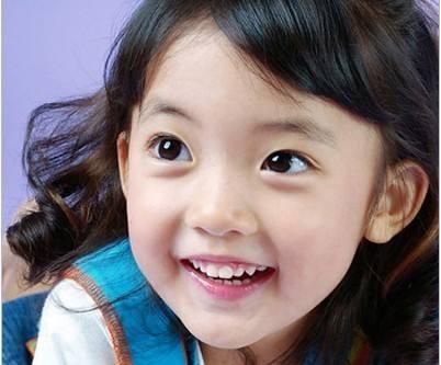 儿童为何会出现斜视 几种因素要重视