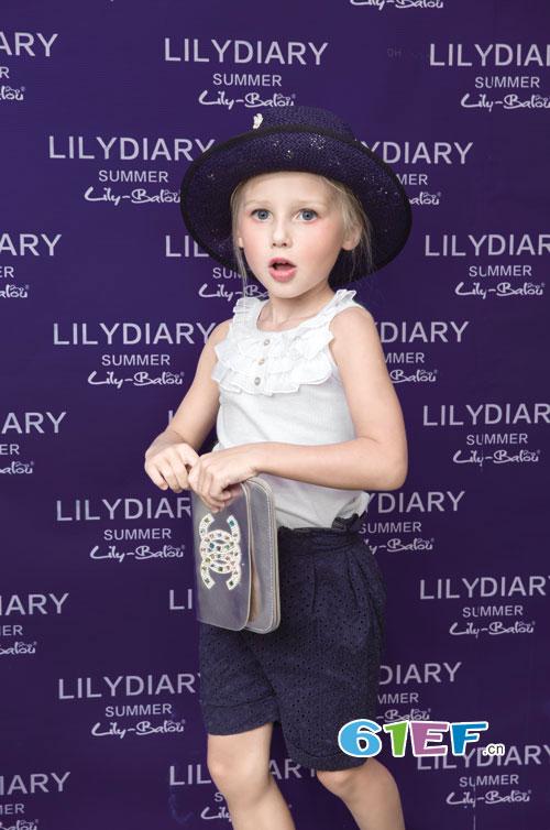 莉莉日记童装 给孩子一个摩登个性的夏天