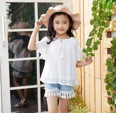 逗龙王子童装 夏天的色彩不只是甜美