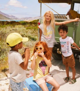 H&M夏季童装 沙滩里的Patty都是五颜六色的