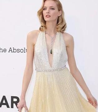 女人只要穿上仙女裙 就可以美的毫不费力