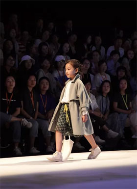 Jenne pigeon雏鸽龙8国际娱乐官网2018新品发布 度.花界
