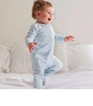 鼻塞、咳嗽、腹泻 吹空调正确姿势 别让宝宝中招了