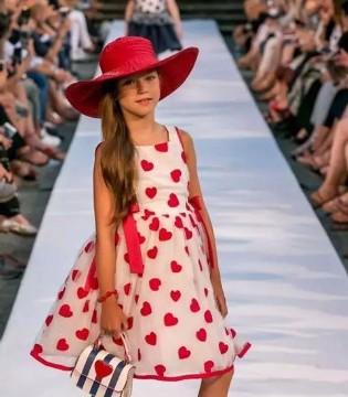 可娃衣童装品牌 夏季女童休闲时髦搭配!