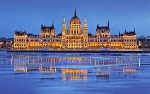 匈牙利 中国品牌展《安米莉》冲出亚洲走向世界!
