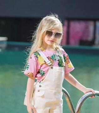 莉莉日记时尚童装 清新甜美仙气十足
