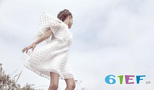 Baby Dior――白马王子与白雪公主的故事!