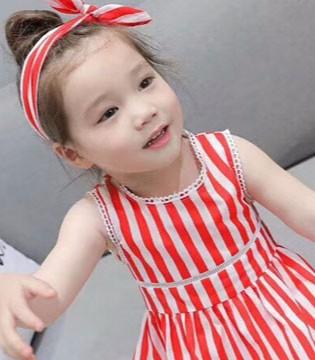 夏天小女孩怎么穿比较时尚 比奇童话时髦穿搭推荐