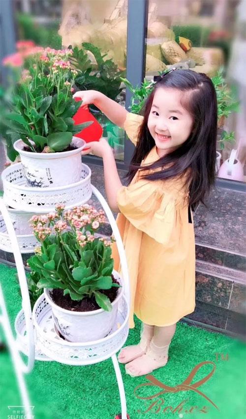小时候, 快乐很简单  长大了  简单很快乐