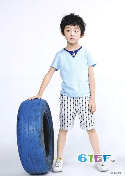 班吉鹿童装品牌:T恤搭配什么裤子比较好看?