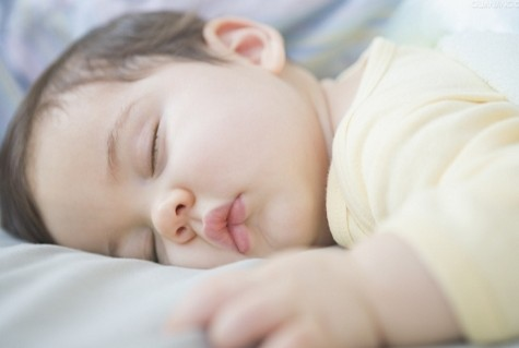 育儿课堂 婴儿发烧有哪些办法可缓解?