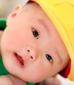 宝宝缺钙的三种表现  如何给宝宝补钙