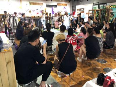 (河南站)艾米艾门2019春季新品订货会圆满落幕!