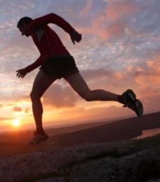如果自己不学会坚强 没有人会替你勇敢!