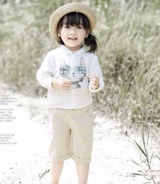 森虎儿:孩子是一颗颗小树苗 请为他遮挡风雨吧!