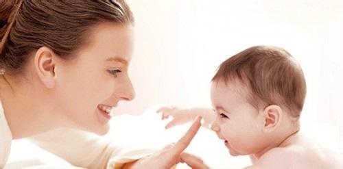 宝宝皮肤干燥应怎么饮食调理? 宝宝皮肤干燥要怎么护理?
