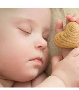 爱能特 亲和成长忘做这4件事 难怪宝宝总睡不好
