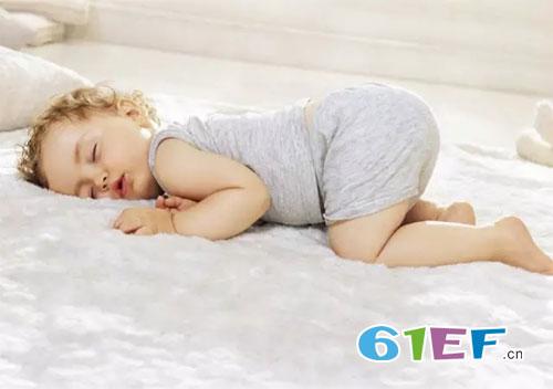 为什么宝宝晚上不睡觉呢? 宝宝不睡觉的原因