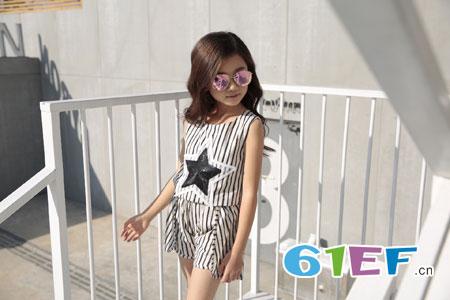 土巴兔<a href='http://news.61ef.cn/list-12-1.html'  style='text-decoration:underline;'  target='_blank'>童装</a>――7月女童T恤款式搭配推荐!