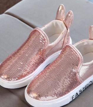 给孩子买鞋千万不要买大一码 孩子穿鞋正确方法